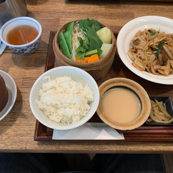 Photo by 安川 智裕 on June 20, 2021. May be an image of food and indoor.