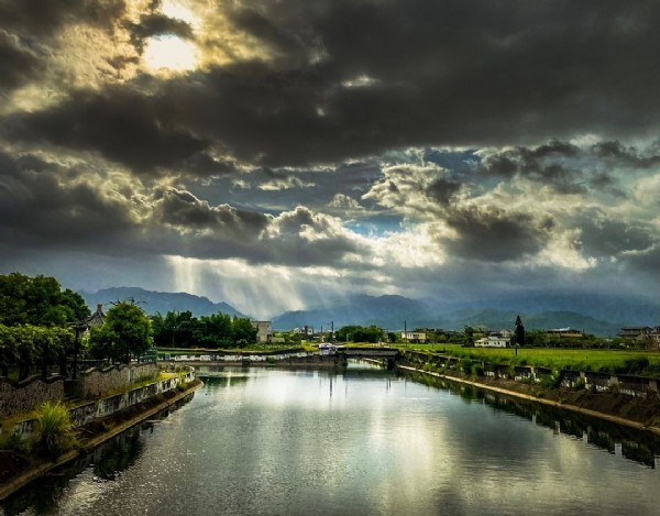 Photo by @britain.chen in Yilan City. May be an image of lake, nature and cloud.