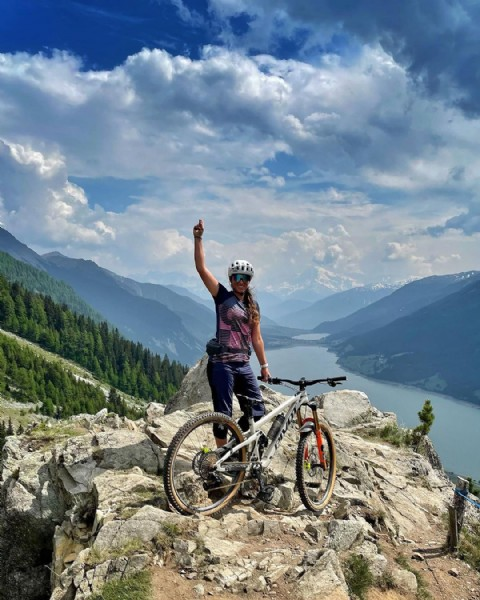 Photo by Tina Lang in Reschensee with @ergonbike, @schwalbetires, @pivotcycles, @we_are_sungod, @ionactionsports, @magura_bicycle, @sportingwomen, @bavarianmountaingirls, and @bavarian_mtb_girls. May be an image of nature and mountain.