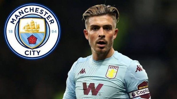 Photo by Mercado da Bola on June 13, 2021. May be an image of 1 person and text that says 'MANCHESTER 18 94 CITY AVFC M W DDC Capto'.