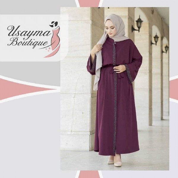 Photo by usayma boutique on July 31, 2021. May be an image of 1 person, standing, headscarf and text that says 'Usayma Boutique'.