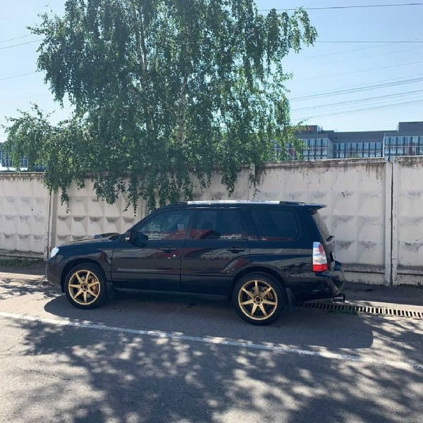 Photo by SUBAnda on June 20, 2021. May be an image of car and outdoors.