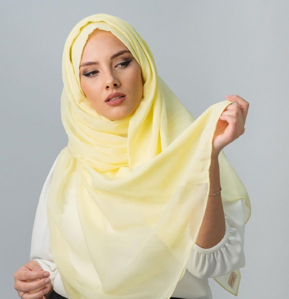 Photo by Foulard | فولار on June 14, 2021. May be a closeup of 1 person and headscarf.