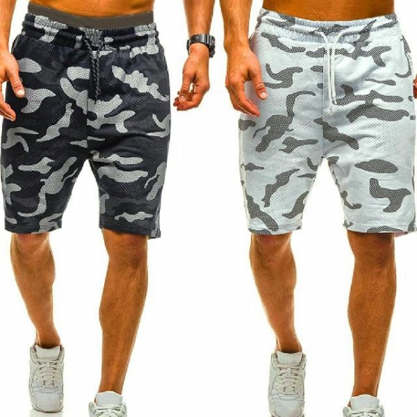 Photo by Vivinch Fitness Apparel on August 01, 2021. May be an image of one or more people, people standing and shorts.
