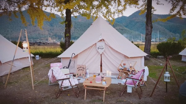 Photo by 정미래 on July 15, 2021. May be an image of campsite and outdoors.