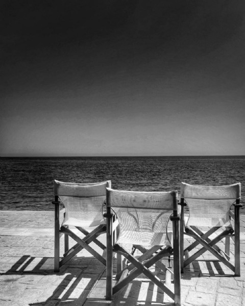 Photo by Alena Strohbehn in Agios Ioannis, Pelion. May be a black-and-white image of ocean.