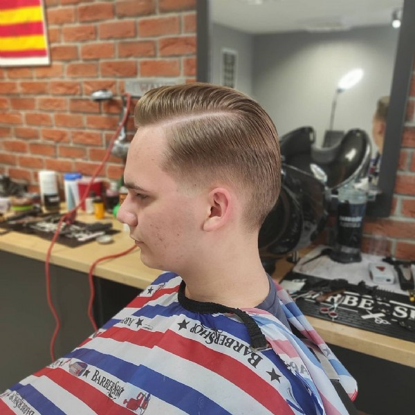 Photo by Fryzjer Męski Barbershop on June 21, 2021. May be an image of one or more people and beard.