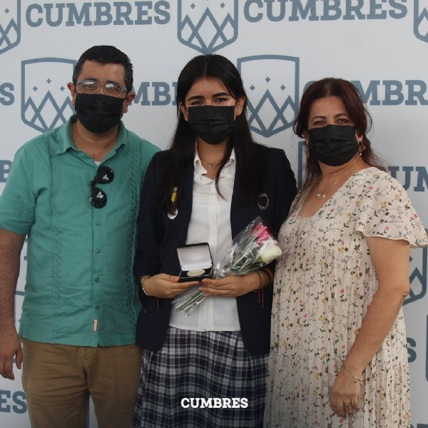 Photo by Instituto Cumbres Tapachula on June 21, 2021. May be an image of 1 person and standing.