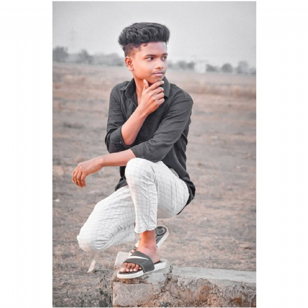 Photo by __ in Online Bhilai with @0_rock_boy_0, and @_bk._creation_. May be an image of 1 person, footwear and sky.