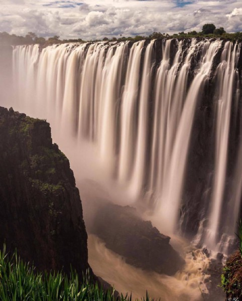 Photo by APEIRON GLOBAL TRAVEL COMPANY on June 05, 2021. May be an image of nature and waterfall.