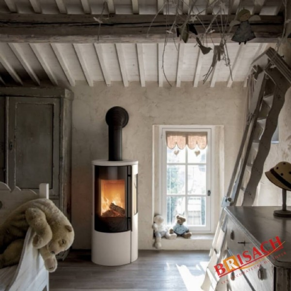 Photo by BrisachDesignPoêles-Cheminées on June 04, 2021. May be an image of fire, indoor, hearth and text.