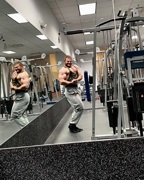 Photo by Nick Salvino in Genesis Health Clubs with @officialgasp, @joshy_moo, and @paul_falbo. May be an image of 2 people, biceps, beard, people standing and indoor.