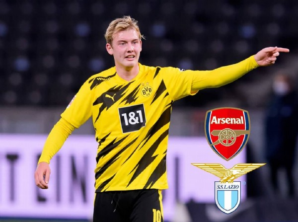 Photo by bvbsparti.pure in Dortmund. May be an image of 1 person and text that says 'BVB 09 1&1 Arsenal Arsenal S.S.LAZIO 10'.