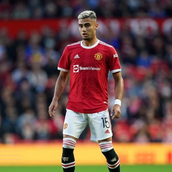 Photo by Manchester United Fan Page on July 29, 2021. May be an image of 1 person and text that says 'Team TeamViewer 15'.