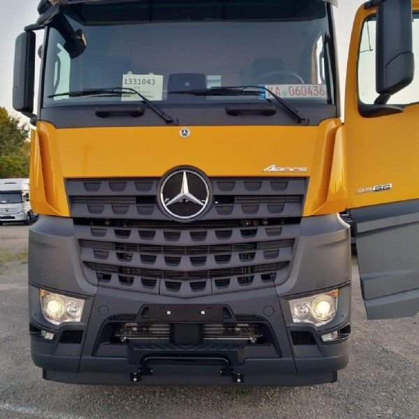 Photo shared by haal-transfer on June 13, 2021 tagging @mbtrucks_official, @mercedes.lkw, and @arocsmercedes.