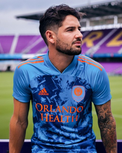 Photo shared by adidas Football on May 24, 2021 tagging @orlandocitysc, and @pato. May be an image of 1 person and text that says 'adidas ORLANDO HEALTH'.