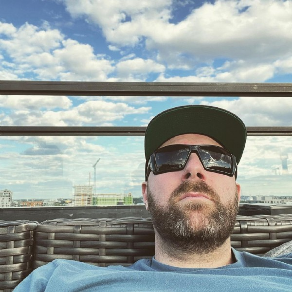 Photo by Philippe Papineau in Montreal, Quebec. May be an image of 1 person, beard, sitting and sky.
