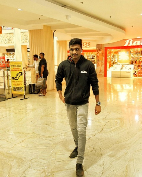 Photo by Itzzz mE hArI  in Gopalan Signature Mall, Old Madras Road, with @itz.meajay. May be an image of 1 person, standing and indoor.