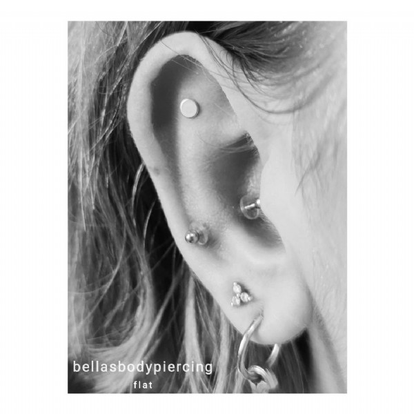 Photo by Bella - GRLPWR! on June 19, 2021. May be an image of jewelry and text that says 'bellasbodypiercing flat'.