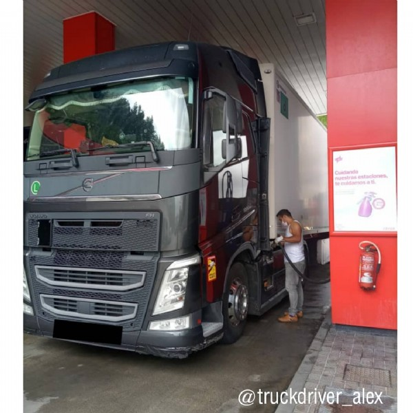 Photo by Truckdriver_Alex in France.