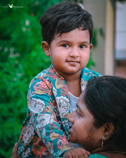 Photo by V I V E K   S I N G H in Guntur with @sunithaphanisingh. May be a closeup of 2 people, child and outdoors.
