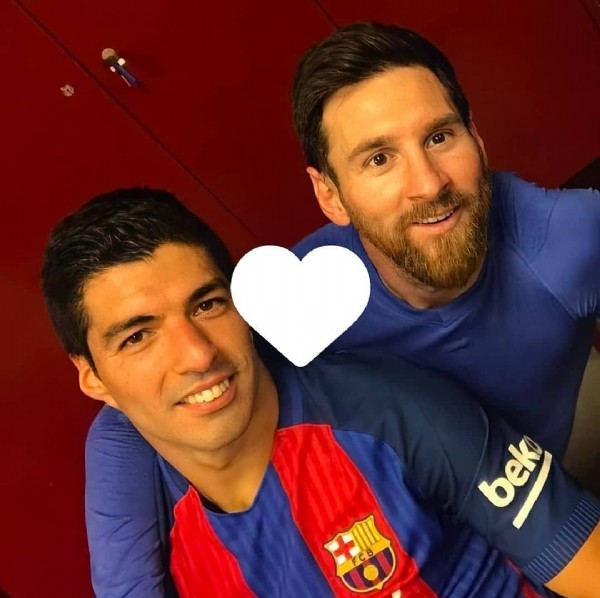Photo shared by Leo Messi on July 31, 2021 tagging @isabelamoreno4457. May be an image of 2 people and text that says 'bek'.