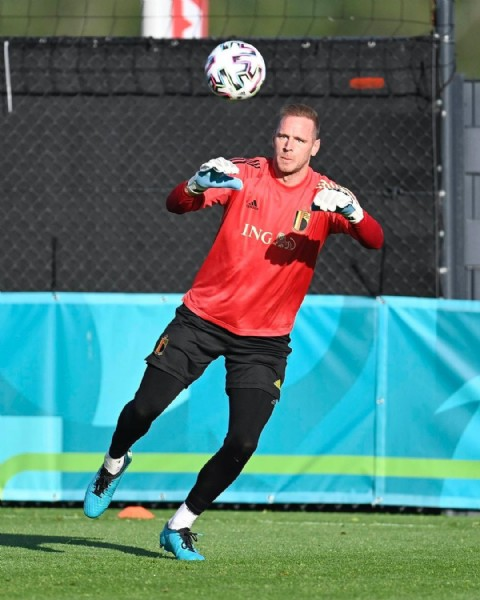 Photo by Matz Sels in opleidingscentrum KBVB - Tubize with @belgianreddevils. May be an image of 1 person and playing a sport.