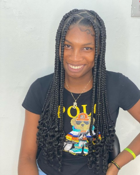 Photo by Kayla's Colorart Beauty Salon on August 02, 2021. May be an image of 1 person and braids.