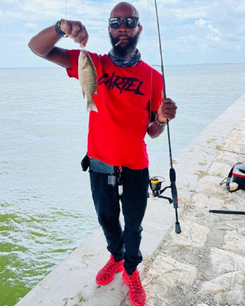 Photo by The Superior One in Banana River Bridge 528 Bennett Causway. May be an image of one or more people, fishing rod and body of water.
