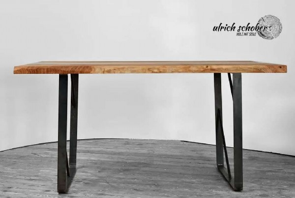 Photo by Ulrich Schober HOLZ MIT SEELE on September 11, 2021. May be an image of furniture, tree and text that says 'ulrich schober schob HOLZ SEELE EELE'.