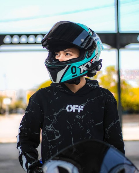 Photo by    in Bekasi with @helmets_force, @helmet_indonesia, @kytloversindonesia, @helmetlovers_indonesia, @kyt.ttcourse.indonesia, @helmetloverindonesia, @galleryhelmetindonesia, @kytttcoursefans, @quotes_helmet, @quotes_rider_ibukota, @kytttcourse.lovers, @kyt.ttcourse_fans, @kytttcourse.nation, and @helmetloverindonesia_. May be an image of one or more people and motorcycle.