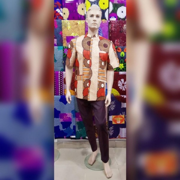 Photo by Sajès Fashion Togo on June 19, 2021. May be an image of 1 person, standing and indoor.