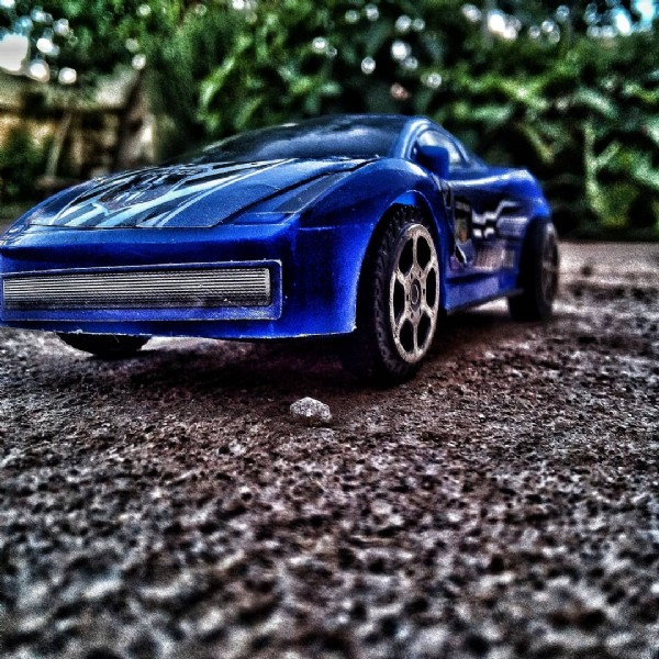 Photo by hassan_bhr00 on June 07, 2021. May be a closeup of car and outdoors.