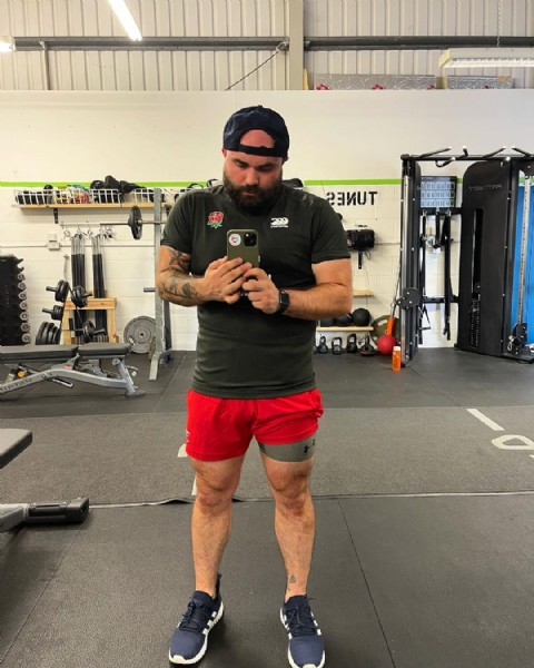 Photo shared by Ollie Soundy on June 16, 2021 tagging @gymshark, @adidasrugby, @so51fitness, @romseyrfc, and @englandrugbysevens. May be an image of 1 person, beard, standing, shorts and indoor.