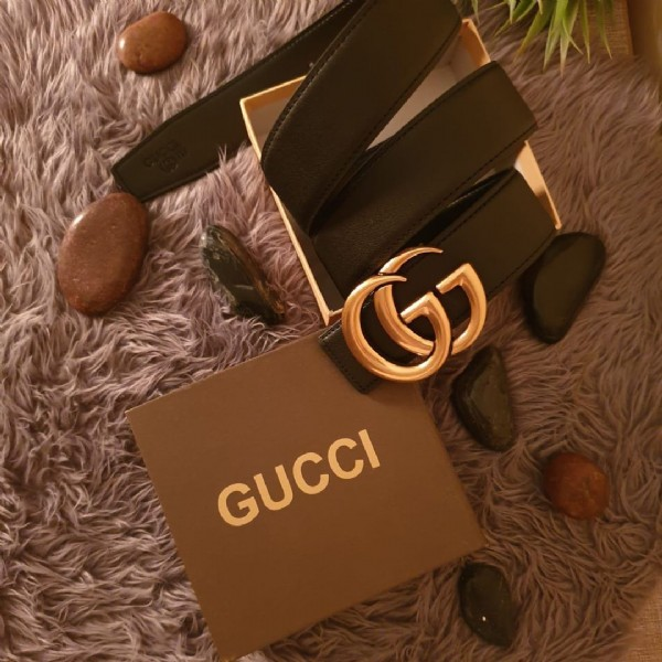 Photo by مطلوب مندوبات للعمل on March 11, 2021. May be an image of purse and text that says 'G GUCCI'.