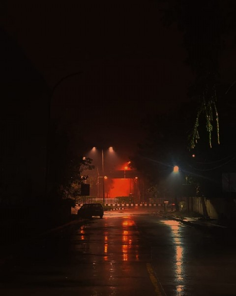 Photo by Ontologies in Delhi, India. May be an image of fire and outdoors.