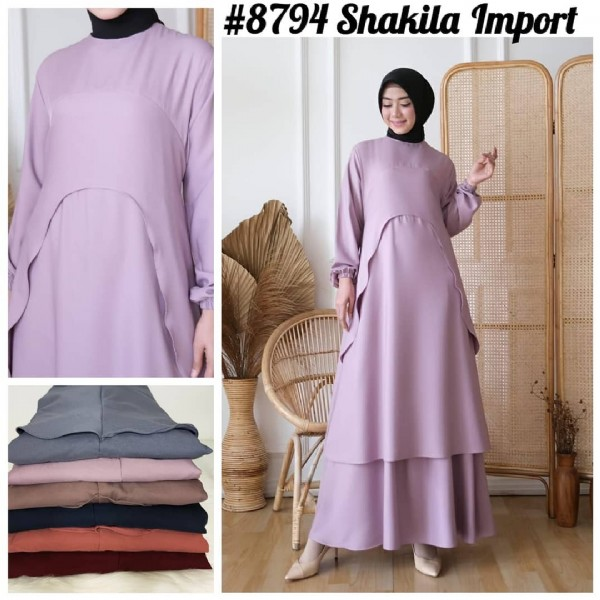 Photo by POSHFASHION___ in PGMTA Pusat Grosir Metro Tanah Abang. May be an image of 1 person, standing, headscarf and text that says '#8794 Shakila Import'.