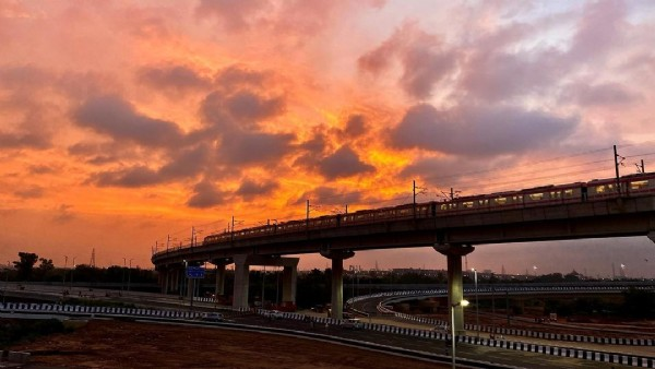 Photo by Amarkant Sharma in Delhi, India. May be an image of bridge, twilight and cloud.