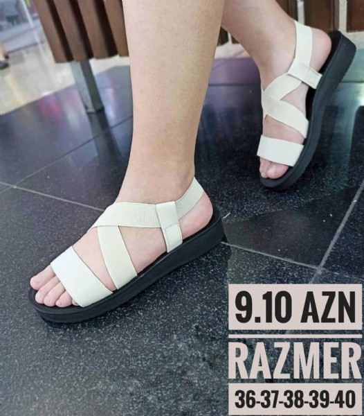 Photo by Şirvan Şeheri AileviUnivermaq on August 01, 2021. May be an image of sandals and text that says '9.10 AZN RAZMER 36-37 36-37-38-39-40'.