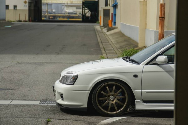Photo by shuichi on June 20, 2021. May be an image of car and road.