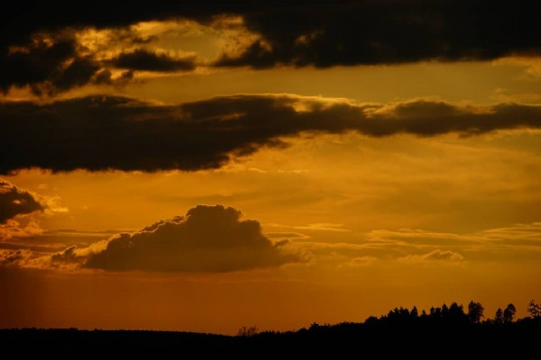 Photo by Gernot Grebe in Herschbach. May be an image of twilight, nature and cloud.
