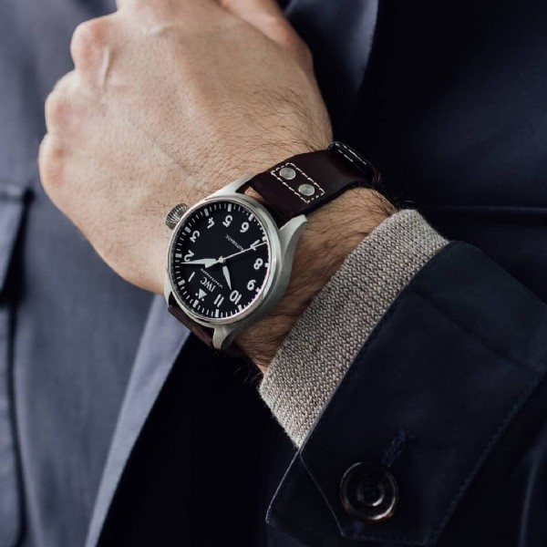 Photo by Juwelier Kamphues GmbH in Juwelier Kamphues with @iwcwatches, @henrik_munich, @iwcwatches_ger, and @juwelierkamphues. May be an image of wrist watch.