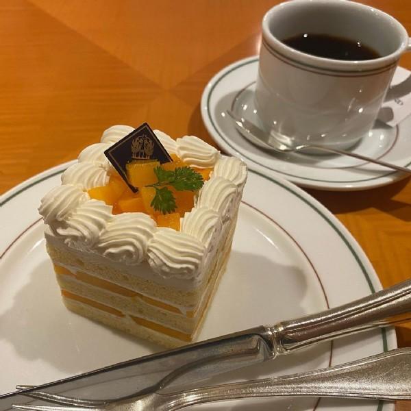 Photo by mami_0305 on June 18, 2021. May be an image of dessert and indoor.