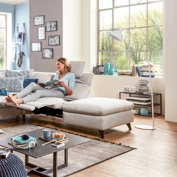 Photo by Polster Fischer on June 19, 2021. May be an image of 2 people, sofa and living room.