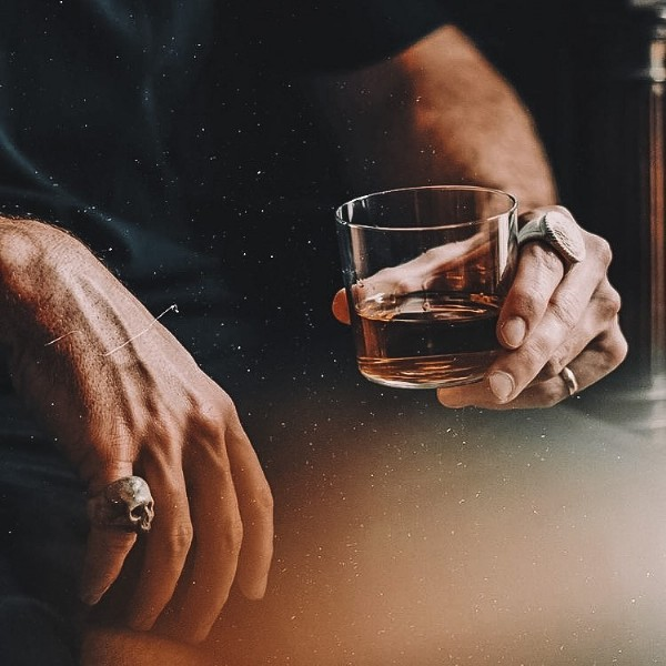 Photo by Whisky_world in Riga, Latvia. May be an image of drink, wrist watch and indoor.