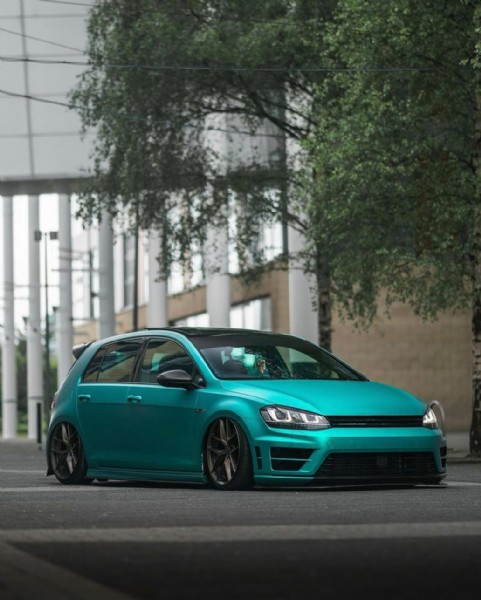 Photo by Premium Golfs™ in London, United Kingdom with @adamsmith88, and @shotsbyollie. May be an image of car.