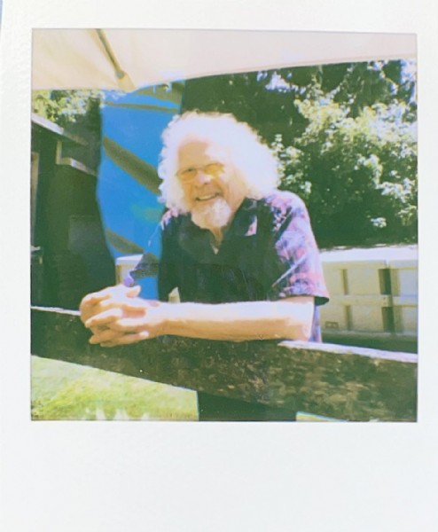 Photo by @la.vie.en.polaroid in Rollingbay. May be an image of 1 person and outdoors.