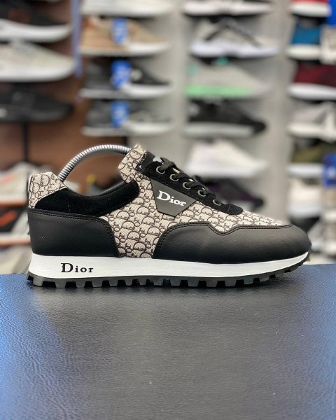 Photo by HAN SPORT® WHOLESALE (TOPTAN) on July 31, 2021. May be an image of footwear and text that says 'Dior Dior'.