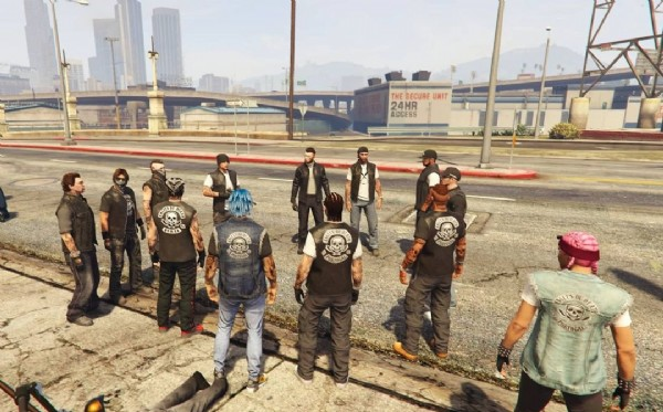 Photo shared by Angels Of Death MC PT on June 20, 2021 tagging @ps4angelsofdeathmc, and @aod_mc_italy. May be an image of one or more people, people standing and outdoors.