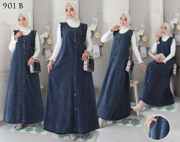 Photo by Muslimahboutique on July 28, 2021. May be an image of 4 people, people standing and text that says '901 B'.